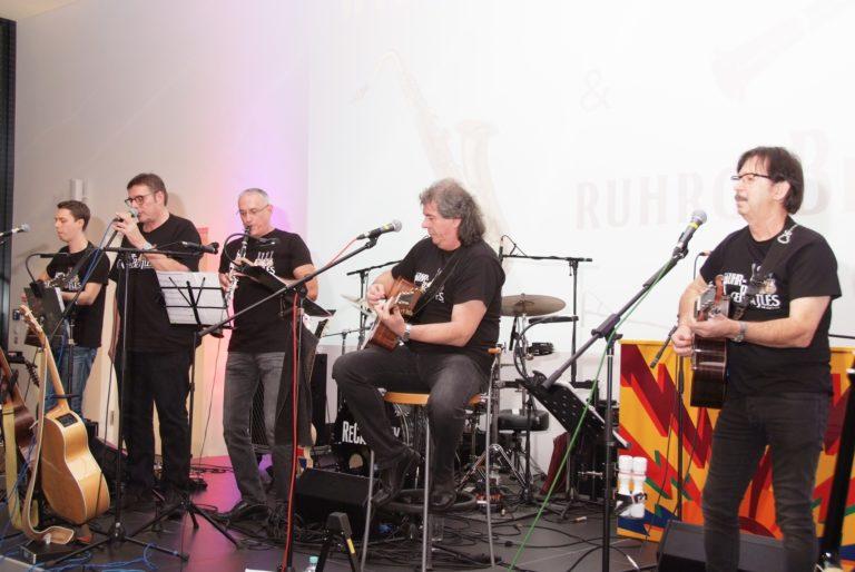 unsere Band spielt mit Willi Engel